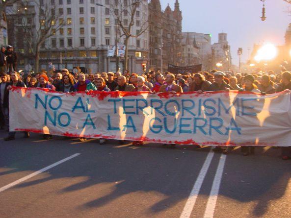 1280px-Manifestació_12_de_maig_de_2004_a_Barcelona