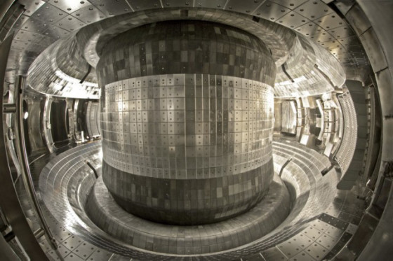 EAST_tokamak-640x426