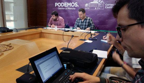 David Llorente, a la derecha, junto a Pedro Vozmediano, durante la rueda de prensa