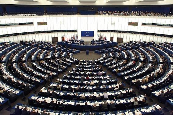 parlamento europeo troika